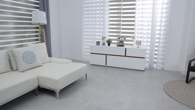 Refaire la déco dans l'appartement: osez le revêtement textile pour sublimer votre intérieur